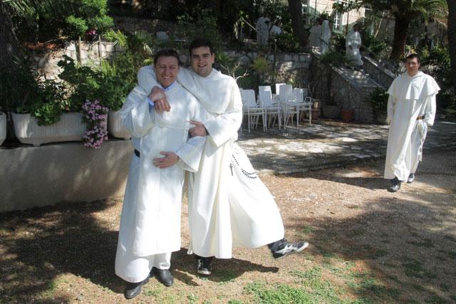 Gledate fotografije iz članka: Održane duhovne vježbe za dominikanske studente i novake