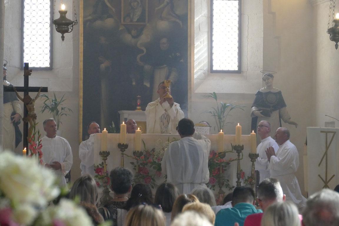 Blagdan Gospe od Ružarija u trogirskom dominikanskom samostanu  i Nacionalnom svetištu blaženog Augustina...